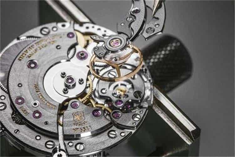 北京劳力士手表维修服务受磁